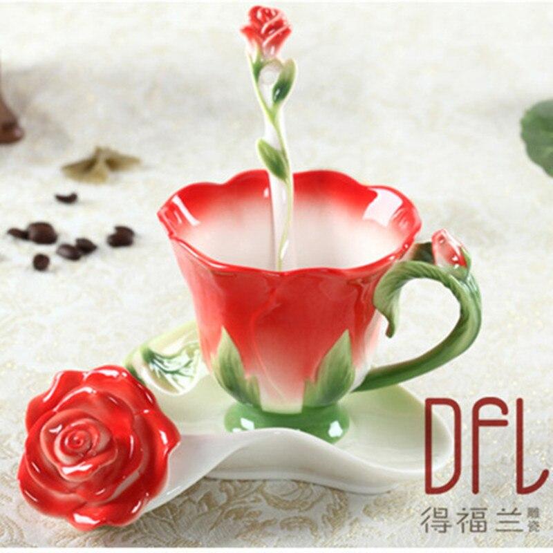 3D Rose smalt Kávový hrnek čaj Mléko Cup Set s lžičkou talíř Creative Keramické Evropské Bone Čína Drinkware přítel dárek