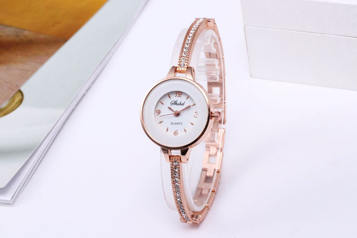 Hot Selling Fashion Female Set Diamond Bracelet Bracelet Watch Students With Small Personality Small Dial Girl Quartz Watch