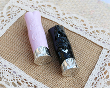 Buy free shipping 12.1mm 10/20/5opcs/lot engraving,carving high-grade lipstick tube, black/pink  empty Lip balm container
