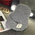[Dexing] anillo nueva gorra de invierno gorros sombreros del deporte para hombres de las mujeres Hip Hop sombrero de Esquí Cálida Carta Moda Gorras de Punto Gorros Hombres