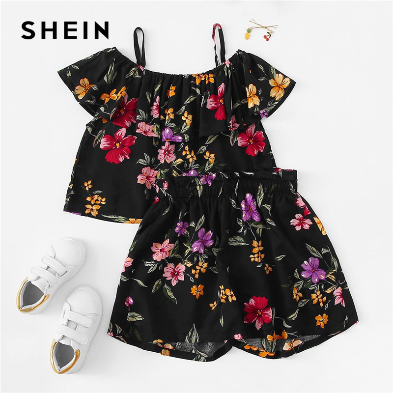 SHEIN Kiddie Black Cold Shoulder Ruffle Floral Print Top And Shorts Teenage Girls Clothing Set 2019 Summer Beach Kids Clothes jungle print crop tank top and pleated shorts co ord