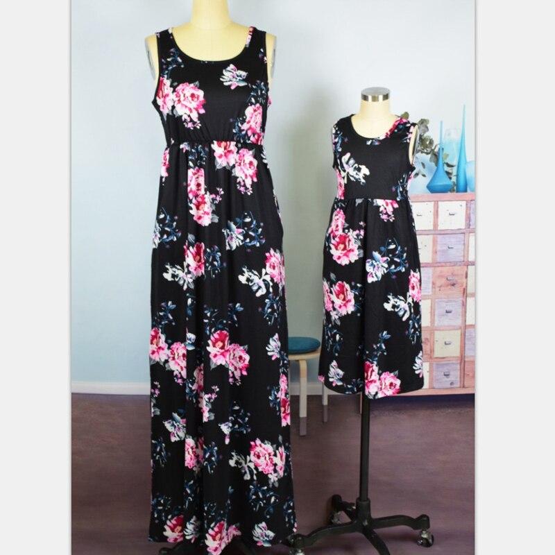Цветочные рукавов пляжное платье Одежда для мамы и дочки мама и ребенок Mini Me для Семь ...