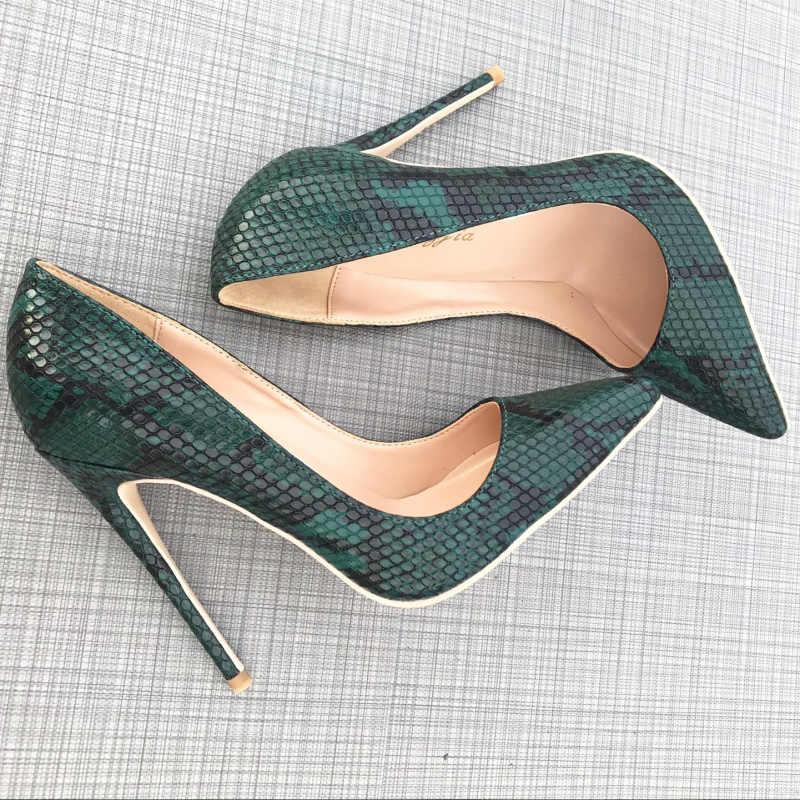 7149961d ... Zapatos de tacón alto de piel de serpiente verde de estilo moderno zapatos  de tacón fino ...