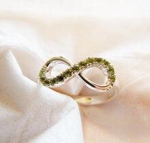 Engravable Sterling Silver & Genuine Peridot Infinity anillo hechos a mano todos los tamaños