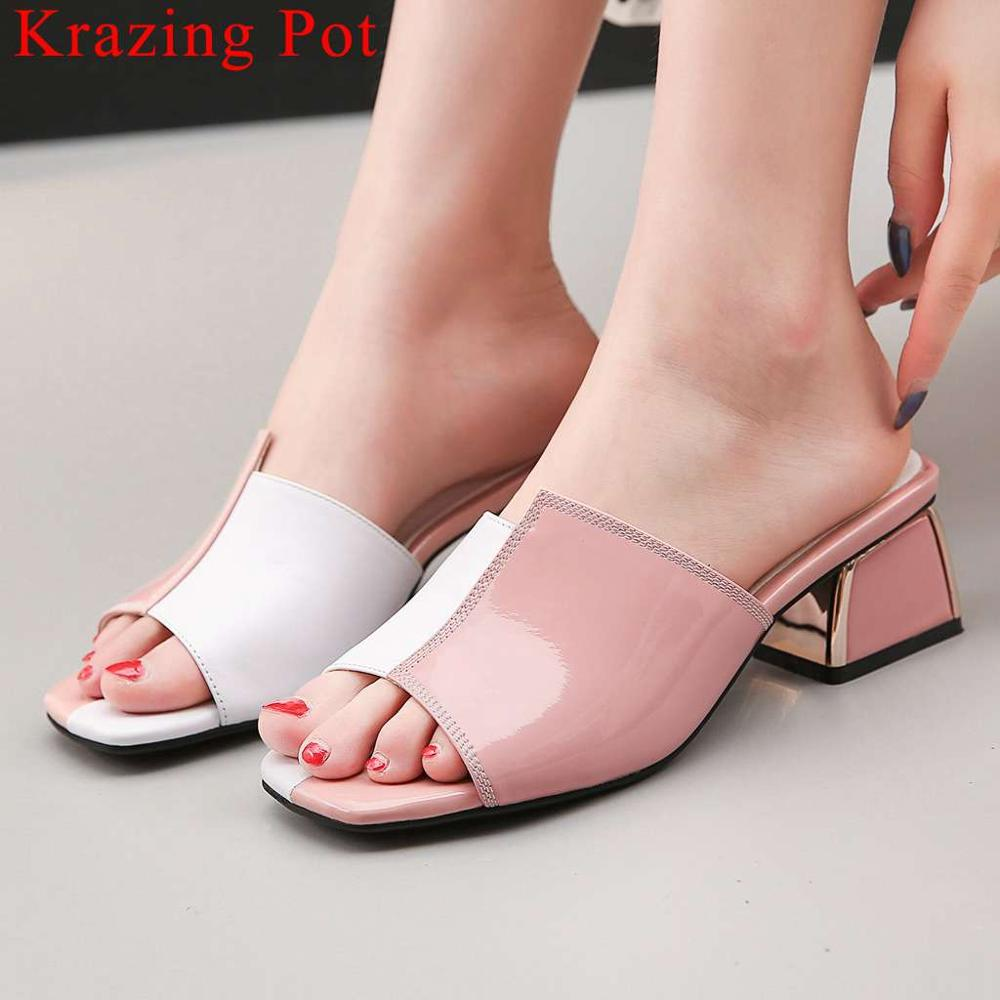 Krazing Pot mixed colors patent leather chunky med heels slip on peep toe European style mules vintage gathering shoes L12Krazing Pot mixed colors patent leather chunky med heels slip on peep toe European style mules vintage gathering shoes L12
