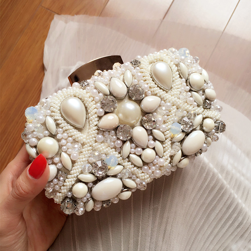 цена The new sweet ladies banquet hand bag white gem diamond handbag Crossbody Bag bag bride evening bag