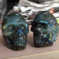 2pcs a lots Natural Stone and Minerals Colorful Labradorite Stone Reiki Carved Crystal Skull piedras naturales y minerales