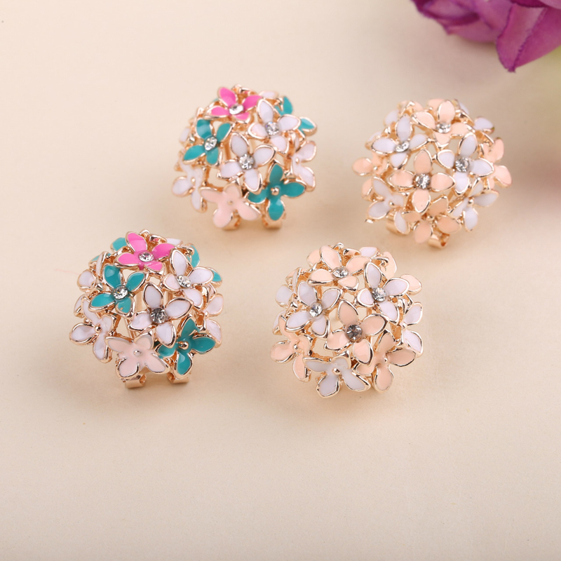 LNRRABC New Korean Four Leaf  Cheap Alloy Crystal  Floral Earrings  White/Black/Pink Free Shipping