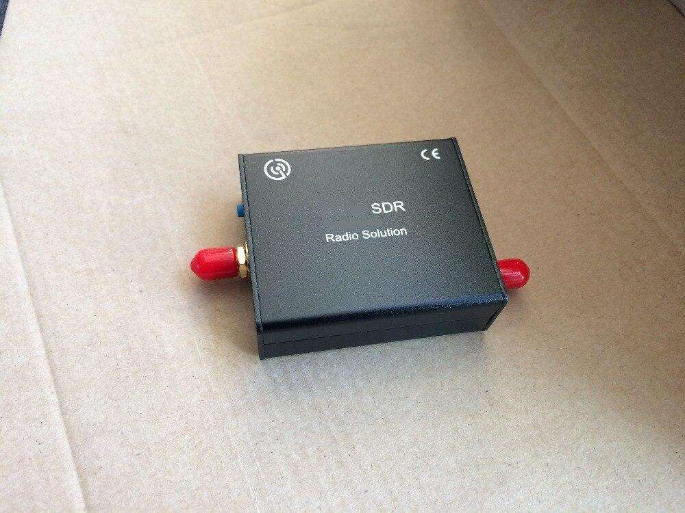 Wide Band Ham Radio 12bit ADC 24-1700 mhz VHF/UHF/SHF TCXO 2PPM SDR-Radio HDSDR, GQRX e GNU Radio meglio di Airspy R2