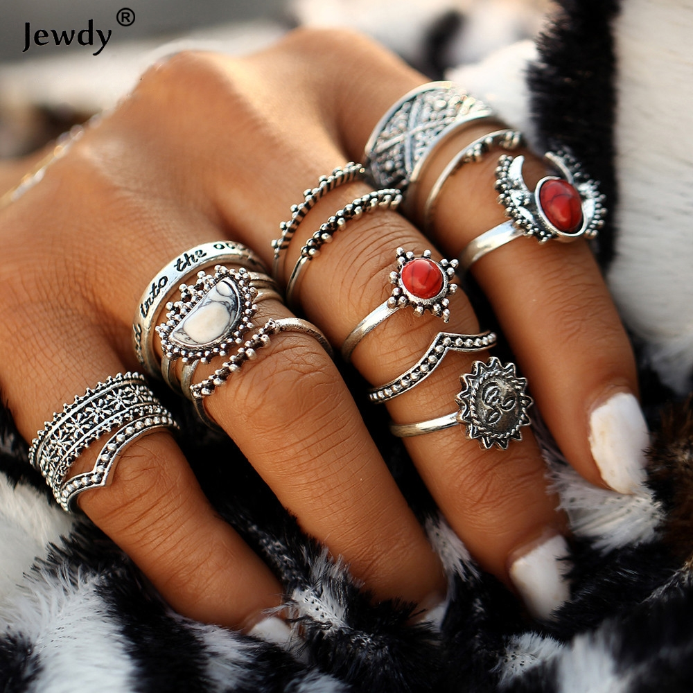 Bohemian 14pcs/Set Vintage Silver Color Moon And Sun Midi Female Ring Sets for Women 2018 New Red Knuckle Rings Fashion Jewelry