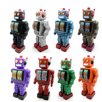 Home Decoration Classic Robot Tin Wind Up Clockwork Toys Electric Robot Wind up Tin Toy For Children Adults Birthday Gift