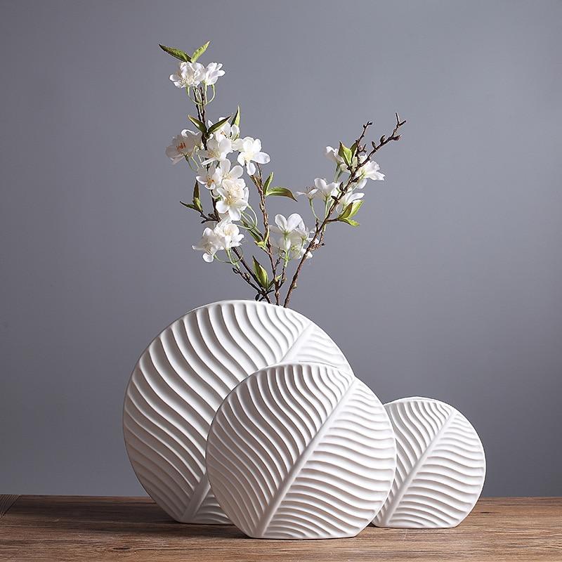 Modern Fashion Porcelain Leaf Shape Flower Vase Set Minimalist Ceramic Jardiniere Art and Craft Adornment Furnishing Accessories