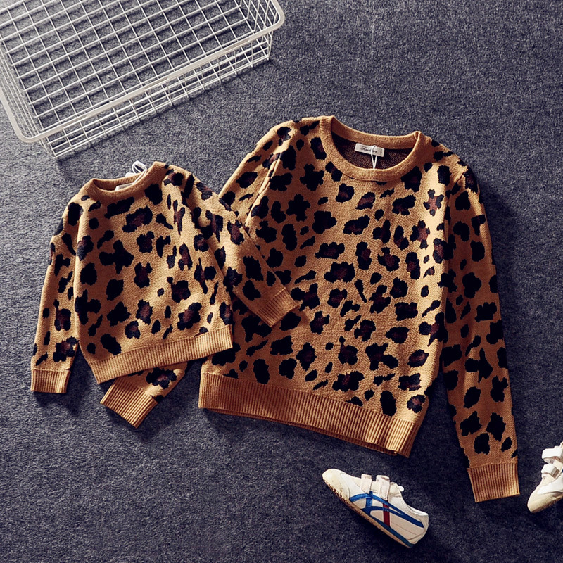Parent child Outfits Family Look Leopard Sweaters Family Matching Clothes Mother Daughter Son Baby Boys Girls Warm Winter Coats