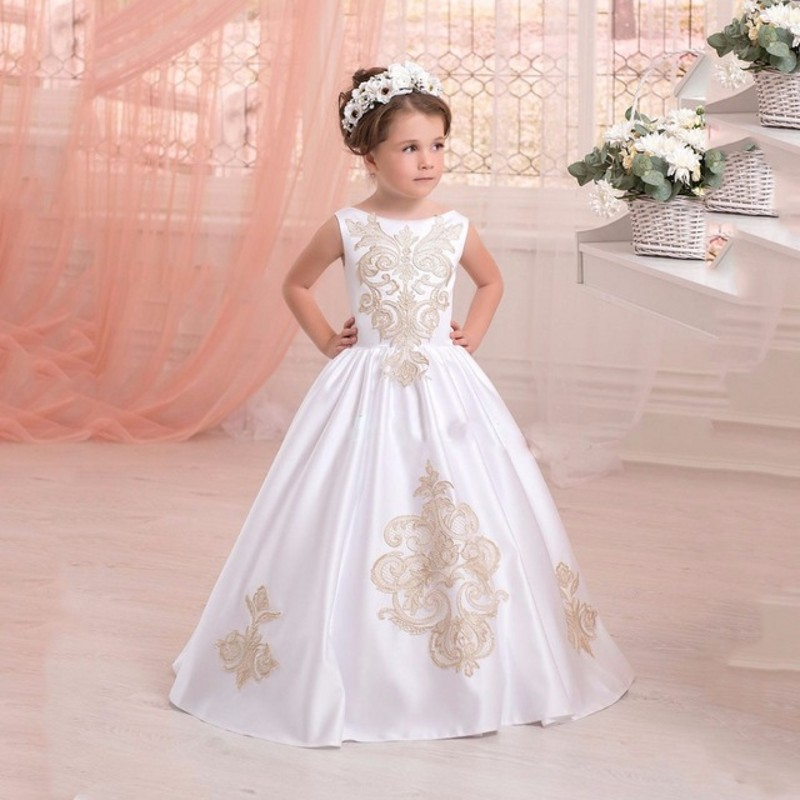 Simple Floor Long Flower Girl font b Dresses b font Satin with Lace Appliques First Communion
