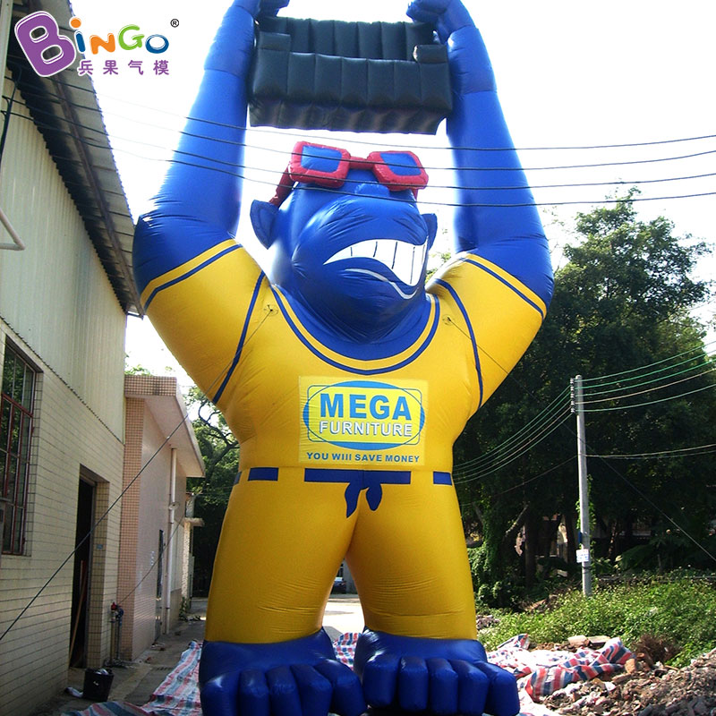 10 Meters Inflatable Gorilla Orangutan with Sunglasses and Sofa, Giant Inflatable Blue Gorilla Animal Model for Sale funny summer inflatable water games inflatable bounce water slide with stairs and blowers