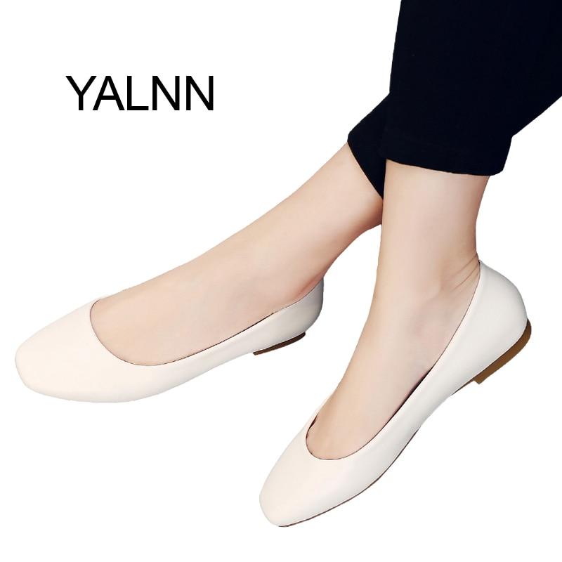 YALNN Square Toe Pisarniške karierne čevlje Čevlji Slip-on usnjena platforma 1cm Pete Čevlji Črne ženske Čevlji Ženske