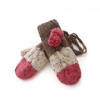 ฤดูหนาวผู้หญิงMittensข้นถักถุงมือถุงมือฤดูหนาวสำหรับสาวของขวัญคริสต์มาสที่มีสีสันรูปแบบ