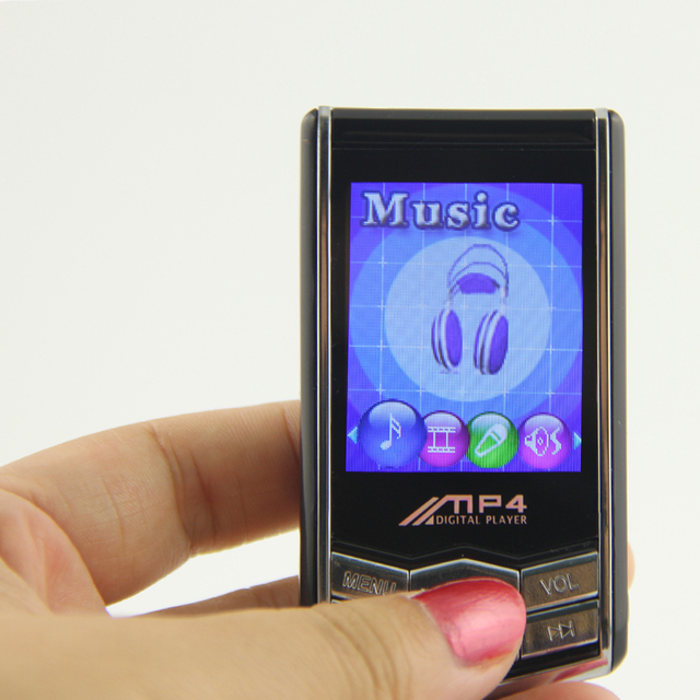 New 1.8Inch 8GB Mp4 Player With FM Radio E-book Function +Earphone +USB Cable As Free In Stock