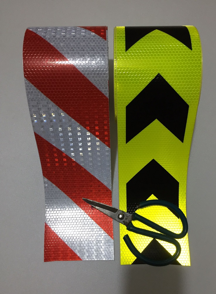 10CM Wide Road Traffic Construction Site Self-adhesive High Light Reflective Safety Tape Arrow/Twill Warning Sign 228M/lot