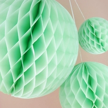 3pcs Mixed Size (15cm/20cm/25cm) Mint Tissue Paper Honeycomb Ball Hanging Decor for Wedding/Birthday