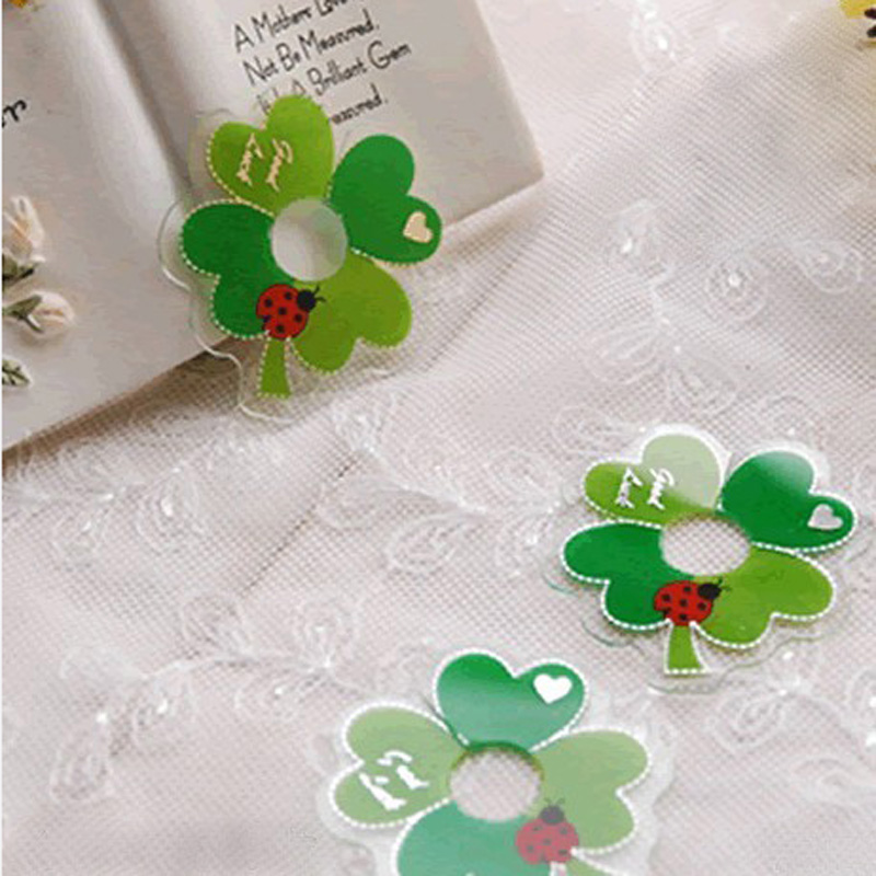 50pcs Lovely Clover Shape Pet Tie for Gift Wrapping, Gift Packing Clip, Clover PVC Clear Tie Bag Clip Party Birthday Favor