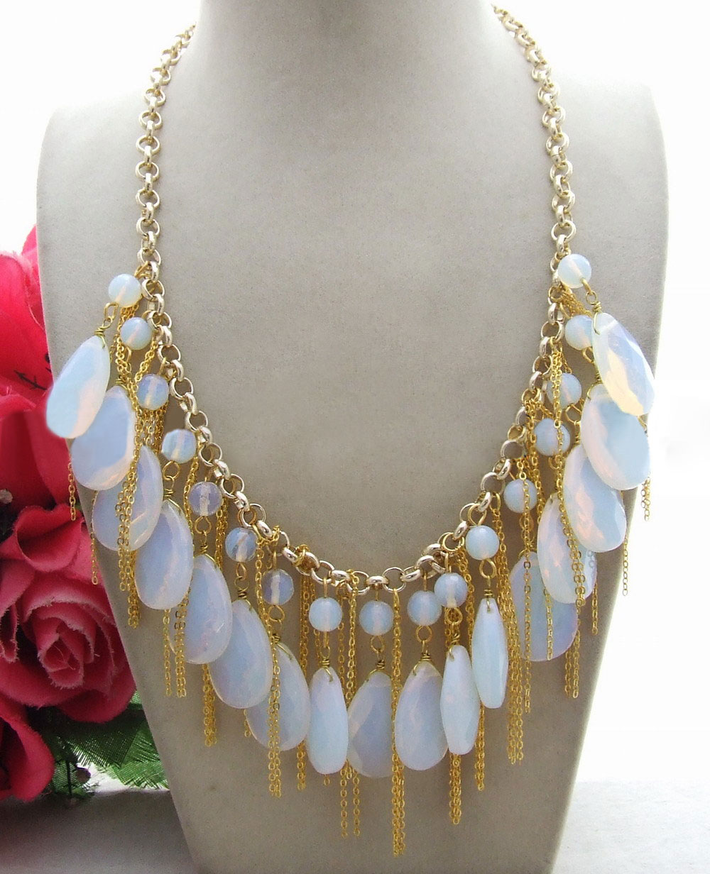 18 Golden Plated Chain Round Faceted Water Drop White Crystal Keshi Pearl Necklace