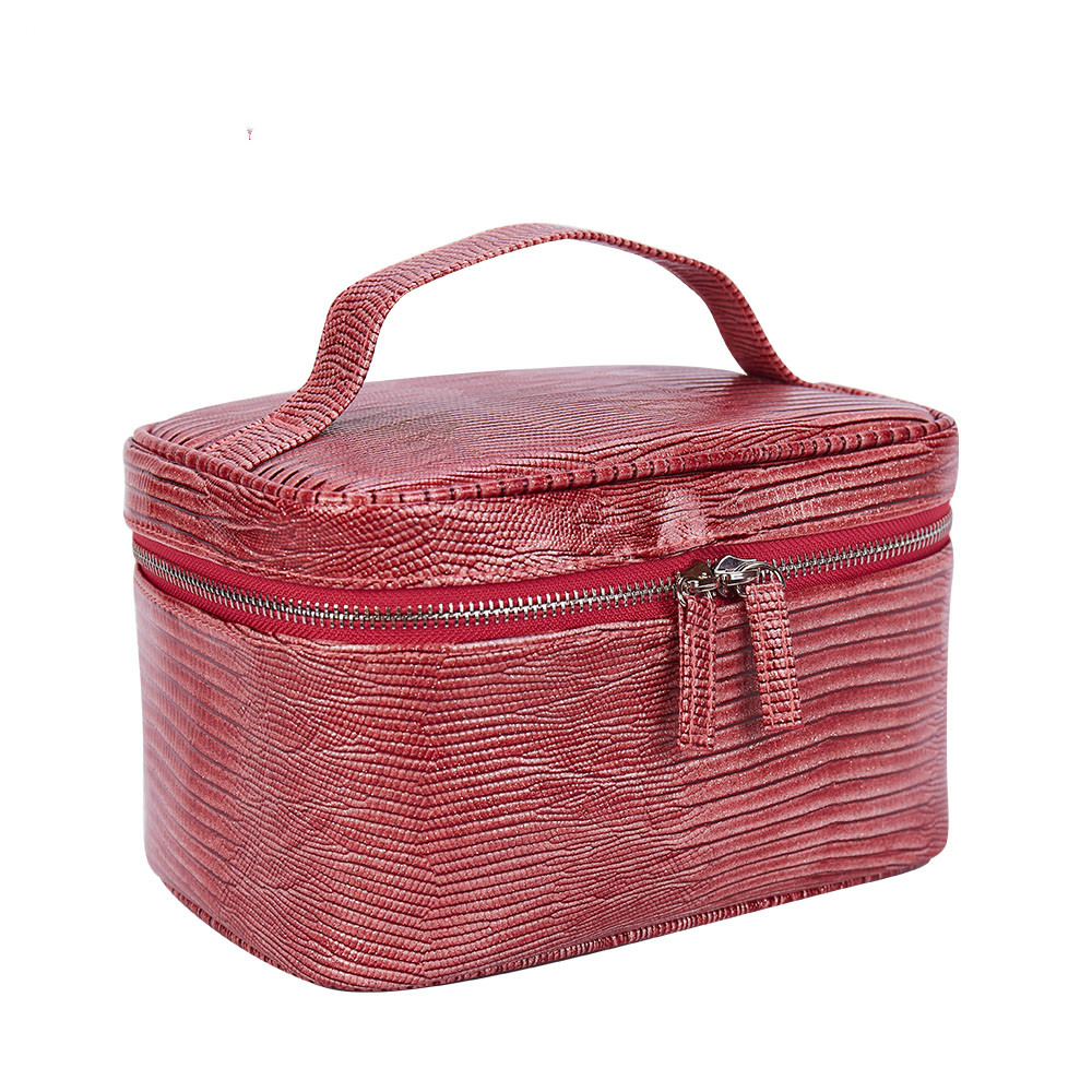 Makeup Bag Women Portable Cosmetic Bag High Quality Professional Fashion Travel Makeup Suitcase Organizer Makeup Case Pouch Bags цена 2017