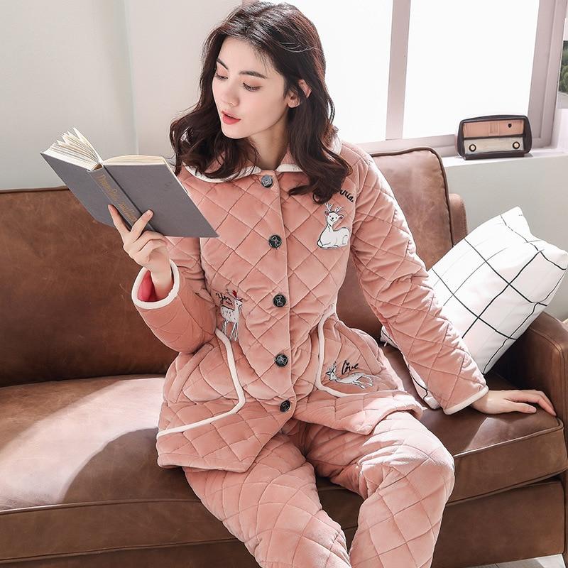 Pijama das senhoras de inverno coral de veludo acolchoado três-camada grossa longo-sleeved longa seção ocasional flanela quente serviço de casa