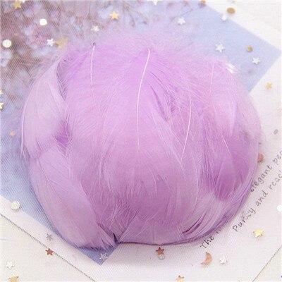 Натуральные гусиные перья 4-8 см, маленькие плавающие цветные перья лебедя, Плюм для рукоделия, свадебные украшения, украшения для дома, 100 шт - Цвет: Light purple 100pcs