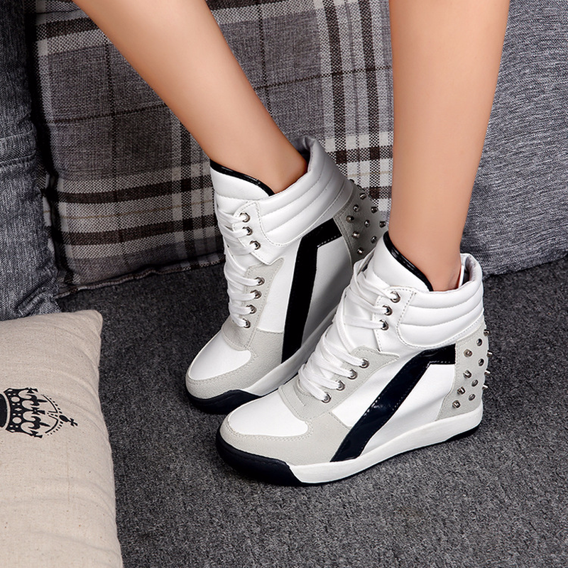 2018 Spring and summer Womens Elevator Stylish Casual High Top Hidden Wedge Heel Shoes