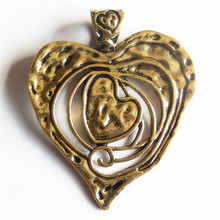 GraceAngie 3pcs/pack Alloy Antique Gold Style Hollow Retro Classic Heart Charms Pendant Handmade Necklace Crafts Jewelry Finding classic heart pendant