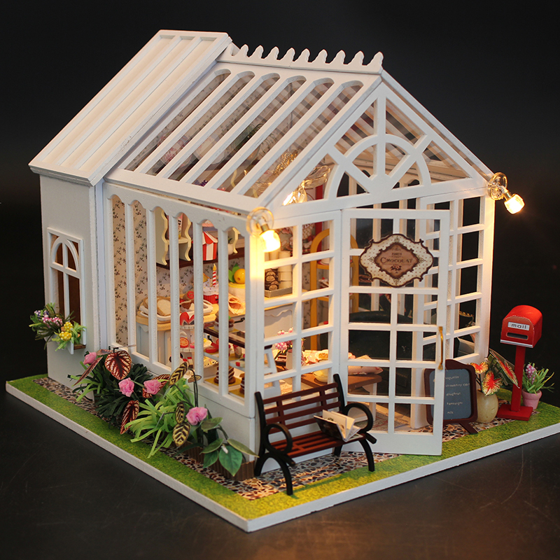 DIY Doll House Miniature Wooden Dollhouse Miniaturas Furniture Toy House Doll Toys for Christmas and Birthday Gift wooden dollhouse diy miniature house seattle villa big doll house with car and dust cover toys for girl birthday gift christmas