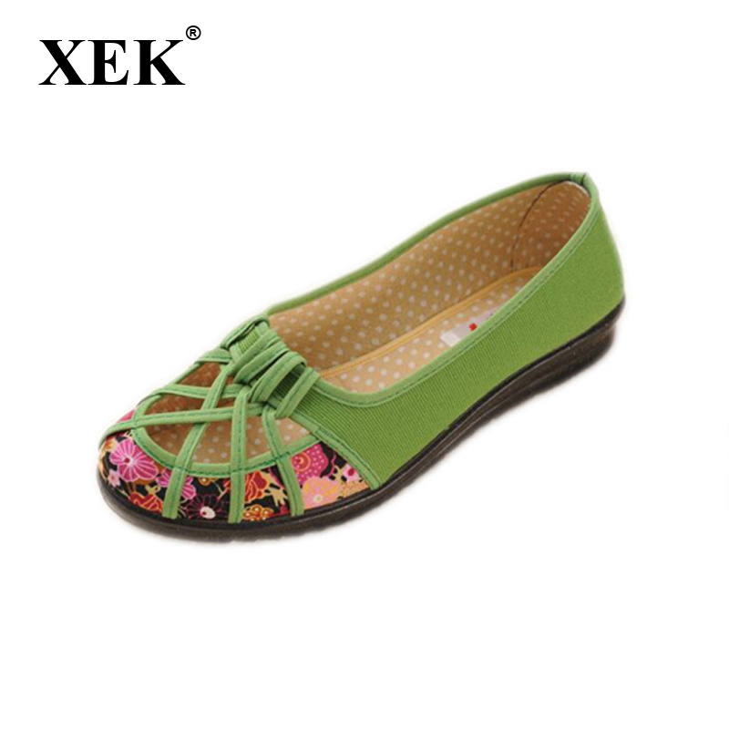все цены на 2018 Plus Size 35-41 Summer New Brand Women Flats Shoes Women Canvas Shoes Hollow out breathable Loafers Espadrilles G11