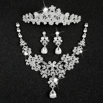 Hot Sale Sliver Plated Rhinestone Crystal Necklace+Earrings+Tiara 3pcs Jewelry Set For Bride Bridal Wedding Accessories (5)