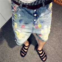 Summer new men's Denim Shorts paint ink hole personality five Hong sarrouel pants hip-hop wind