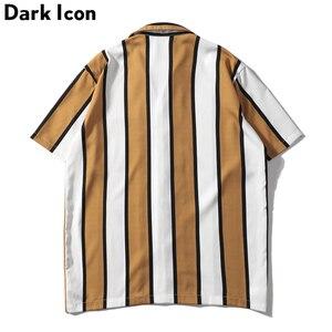 Image 2 - Dark Icoon Gestreepte Turn Down Kraag Voorvak Street Shirts Mannen 2019 Zomer Hawaii Stijl Mannen Shirts Hip hip Overhemd