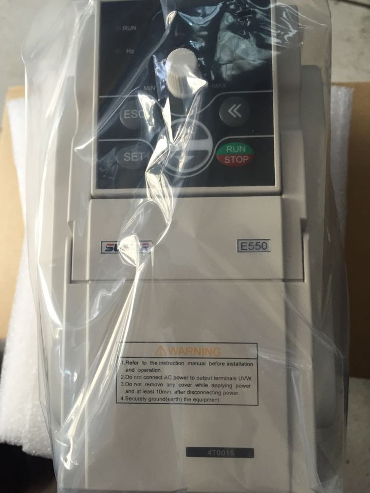 SUNFAR 5.5KW 7.5HP 1000HZ VFD Inverter Frequency converter 1 phase 220v input 3phase 0-220v output 24A  Engraving spindle motor sunfar 4 5kw 6hp 1000hz vfd inverter frequency converter 1 phase 220v input 3phase 0 220v output 20a for engraving spindle motor