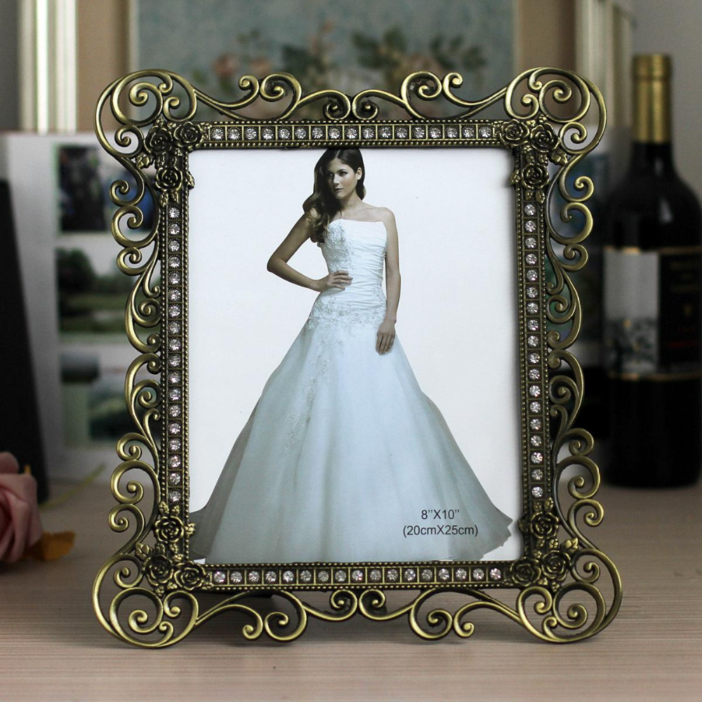 Vintage Desk & Counter Metal Plated Wedding Hollow Out Photo Picture Framing for Home & Office Decors MPF079