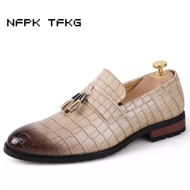 England designer brand casual wedding party dress alligator genuine leather shoes slip on flats shoe oxfords tassel loafers male