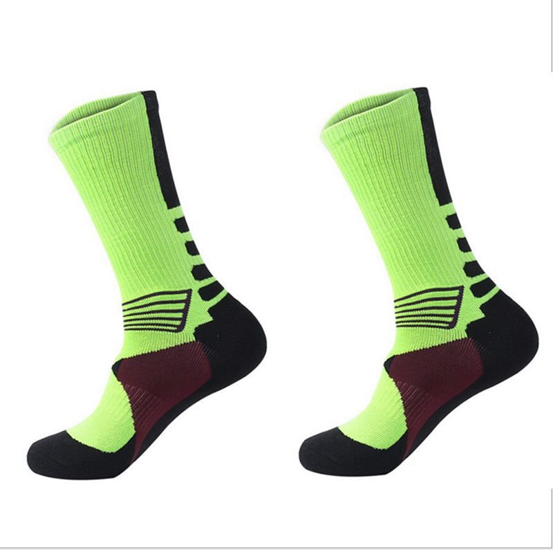 1 Pair Professional Basketball Socks Athletics Socks Outdoor Sports Socks Stocking(green)