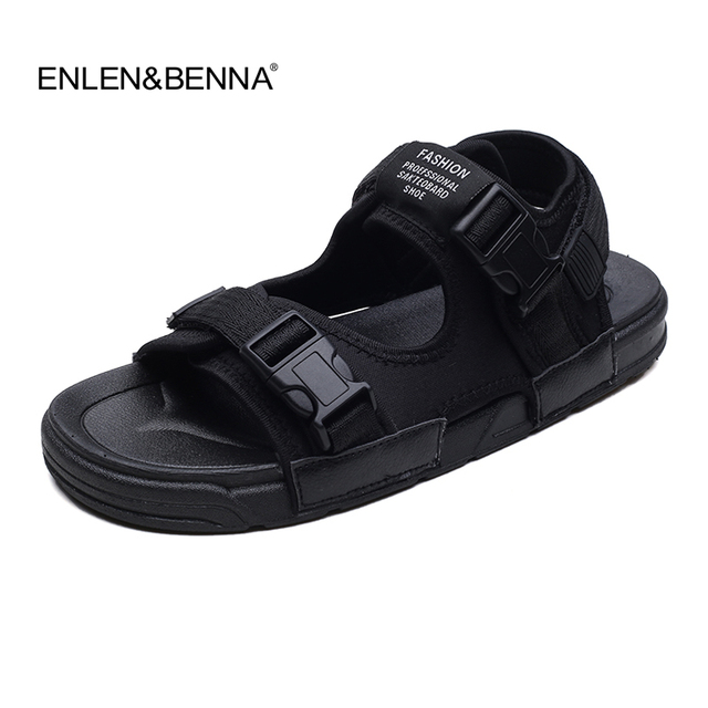 a80ae6e61299e9 Fashion Sandals Men 2018 Vintage Rome Style Summer Beach Breathable Casual  Shoes Solid Men Sandals 3