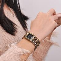 Reloj femenino de madera cuadrado pulso madera 1