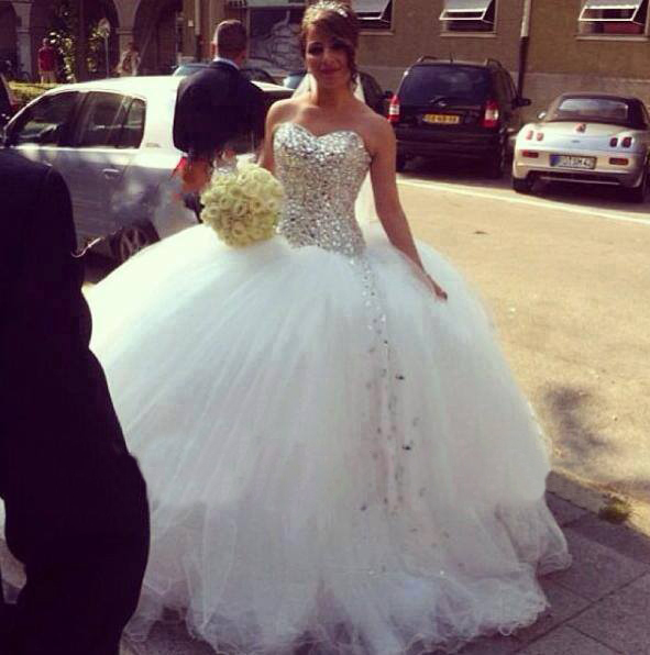 Luxury Raihstone Wedding Dresses With Crysatl And Diamonds Ball Gown Puffy 2017