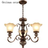 미국 고전 조각 샹들리에 거실 침실 램프 유럽 스타일 간단하고 창조적 인 철 아트 샹들리에