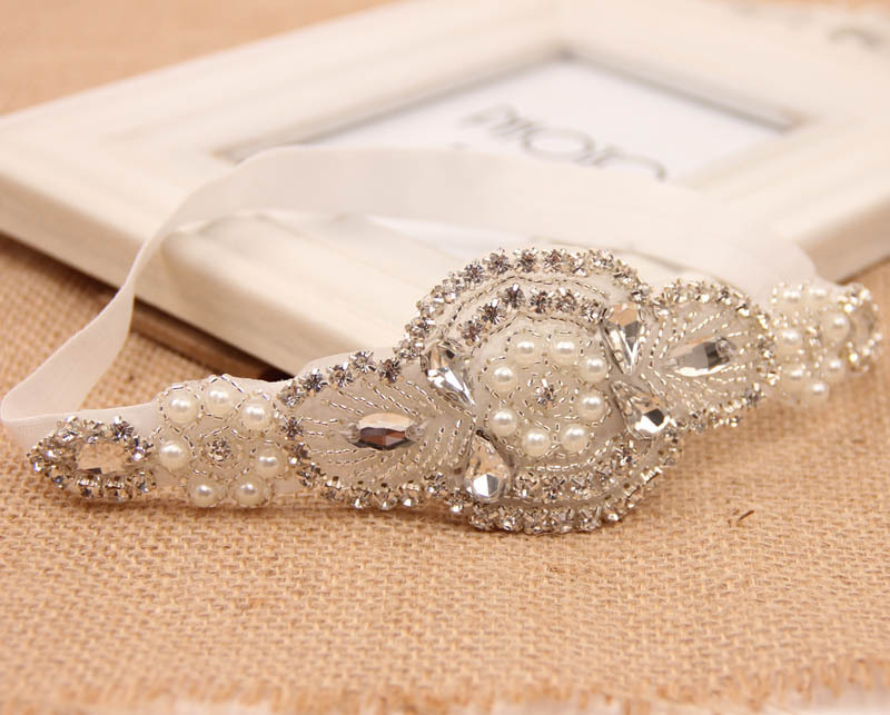 Retail Baby Girl Luxury Headband Wedding Headbands Kids Hairband with Crystal  Pearl-in Hair Accessories from Mother   Kids on Aliexpress.com  b922d17d000d