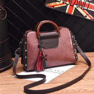Image 4 - ETONTECK 2018 New Fashion Luxury Women PU Leather Handbags Vintage Rivet Tassel Messenger Bag for Female Ladies Shoulder Bag