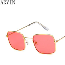 9ba70a75ed90c Quadrado do vintage óculos de sol das mulheres de Design Da Marca mulher  retro verão lente clara óculos de sol com lentes de .