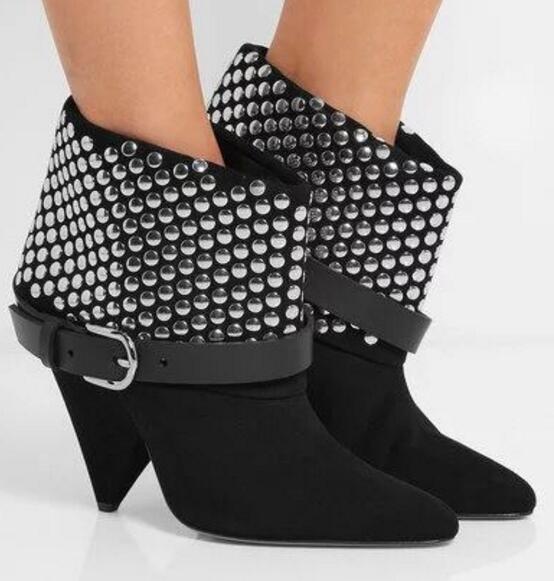 2017 Nieuwe spike hakken enkellaarzen voor vrouw herfst winter gespen riem klinknagels studded zwarte mode schoenen maat 35-42 booties