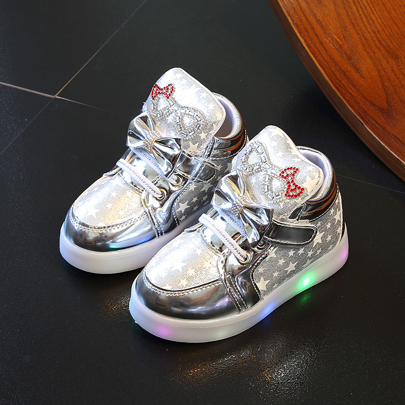 Spring Autumn Children's Sneakers With Light Kids Girls Toddler Casual Shoes With LED Light Up Luminous Sneakers SH19052