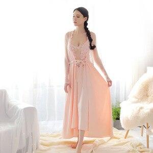 Image 3 - 새로운 여성 속옷 레이스 드레스 궁전 절묘한 아름다움 섹시한 nightdress 긴 레이스 잠옷 여성 슬링 드레스 + 가운 2 조각 세트
